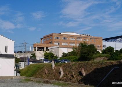 垢田の路地を歩く その2垢田トマトのビニールハウスを見て古屋町を抜け191号線へ。
