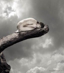Photocreation: Gonzalo Villar - Model: Oksana Chucha - Photo of Model: Aleksei