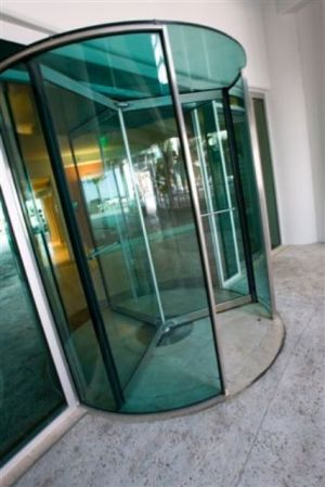 Revolving Glass Door Entrances