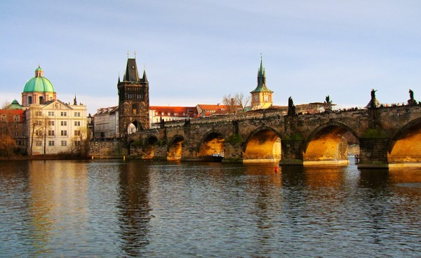 Karlsbruecke-in-Prag--e1324311536204
