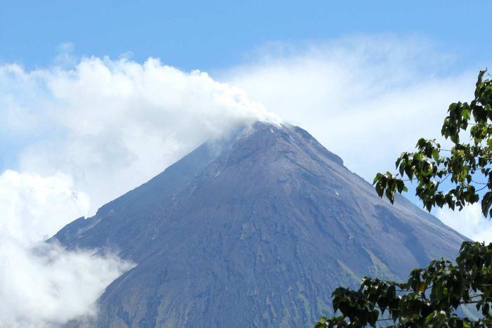 Mount-Mayon