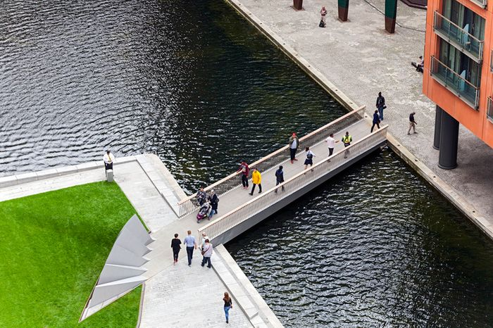 knight-architects-merchant-square-bridge-paddington-basin-london-designboom-03_result