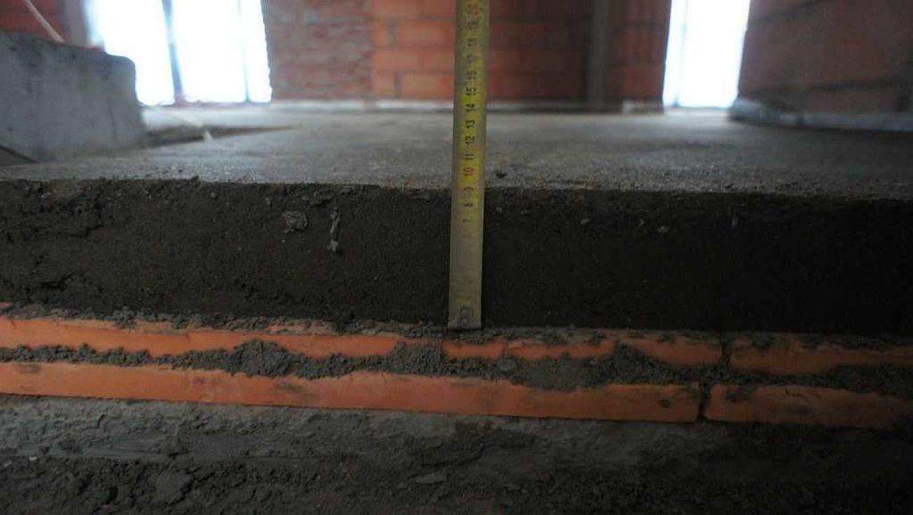 El aislamiento térmico es importante para los primeros pisos y en balcones / logias