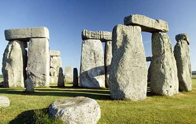 stonehenge_00