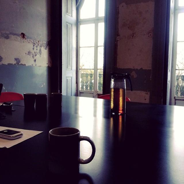 #stressfm friday meets / #Lisboa http://ift.tt/1BaocUK