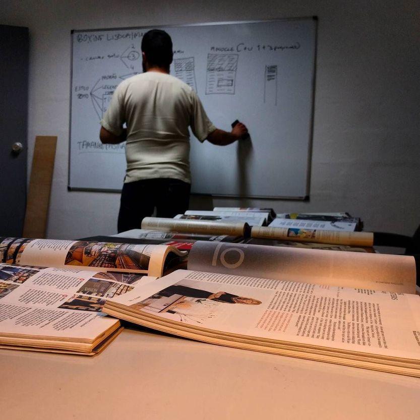 Magazine planning. #boxinglisboa / @nebulosadifusa / http://ift.tt/1UdLuhE