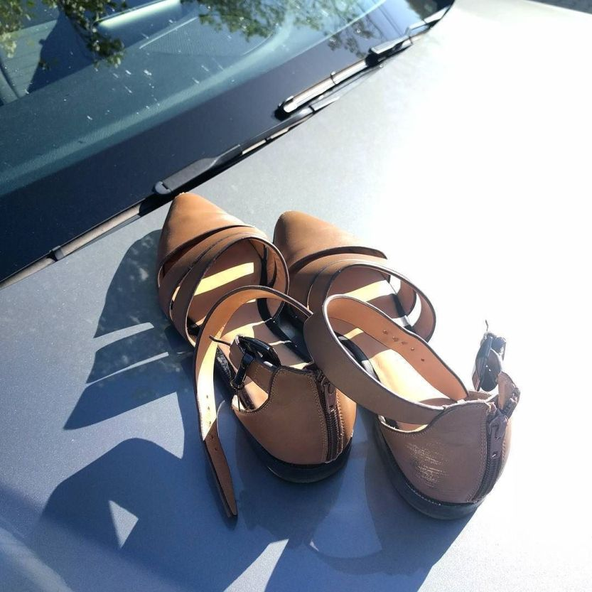 Bare feet sunday. http://ift.tt/2qm1hnB