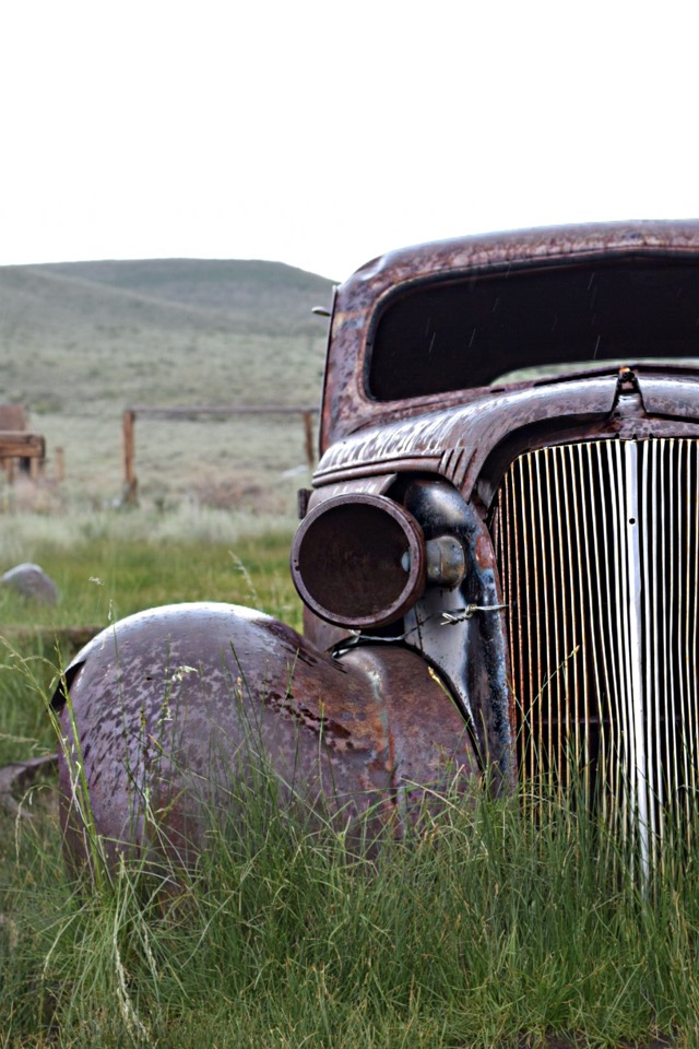 rusted car bodie california