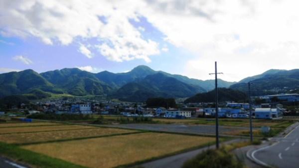 長野県千曲市千曲川水辺の楽校親水公園冠着山