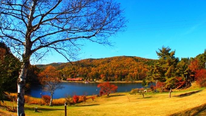 長野県紅葉狩りスポット麻績村聖湖