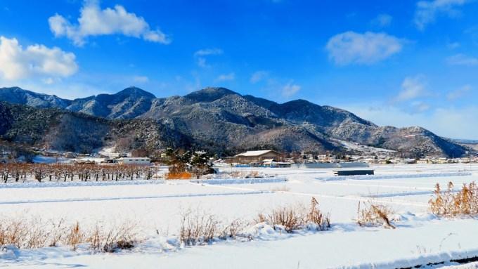 長野県千曲市戸倉上山田温泉積雪