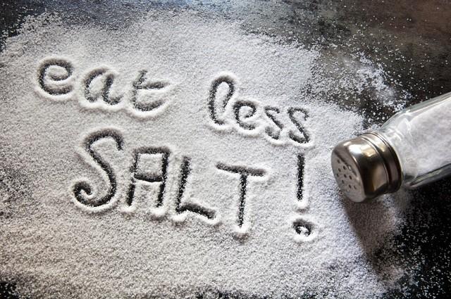 Không nên ăn nhiều muối nếu muốn giảm cân eat clean