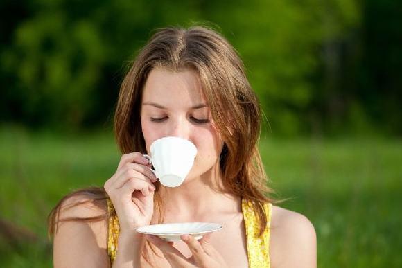Nên uống bao nhiêu trà một ngày