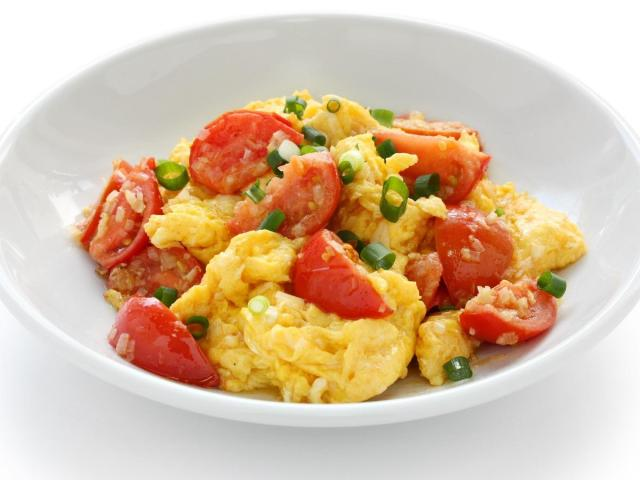 Trứng sốt cà chua là một món ăn tốt trong thực đơn Keto giảm cân cấp tốc