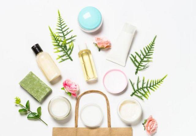 Bộ sản phẩm skincare cho da dầu mụn nhạy cảm