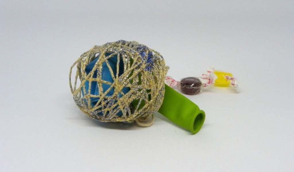 ¿Cómo hacer una estrella polar y bolas decorativas para el árbol de Navidad?