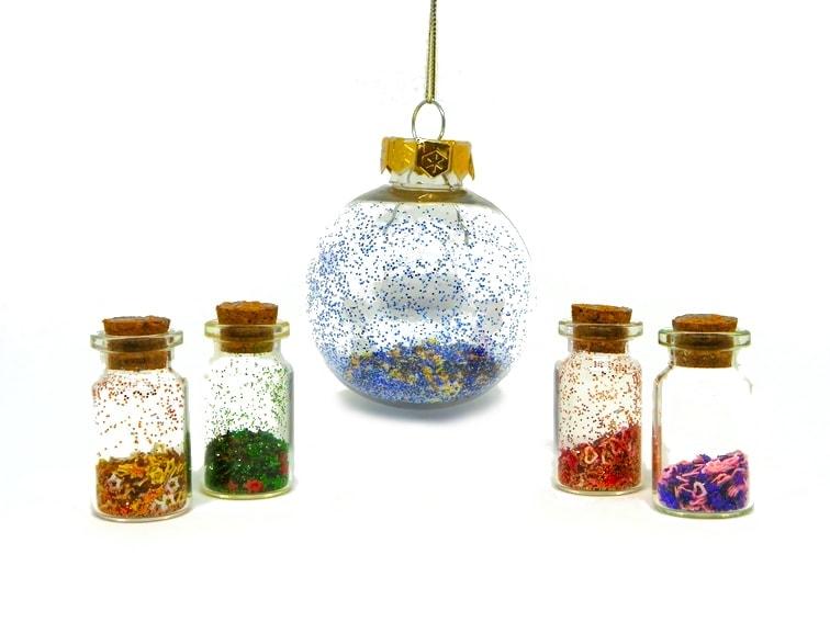 adornos de navidad frascos y bola de navidad con purpurinas