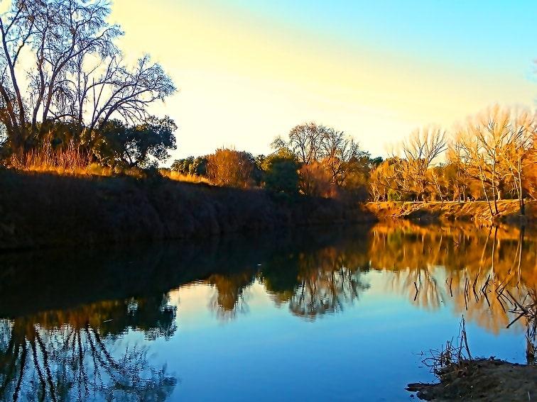 tramo medio del rio manzanares por el monte de el pardo