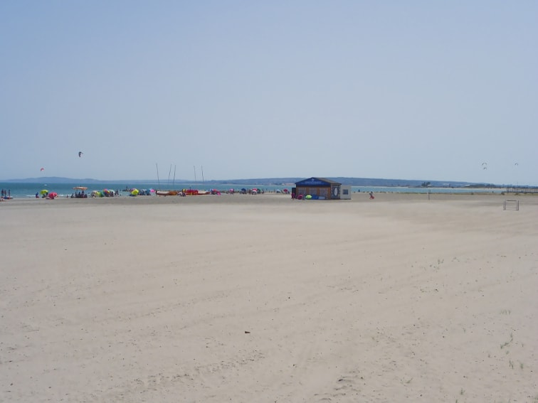 playa del tamarit y zona recreativa santa pola