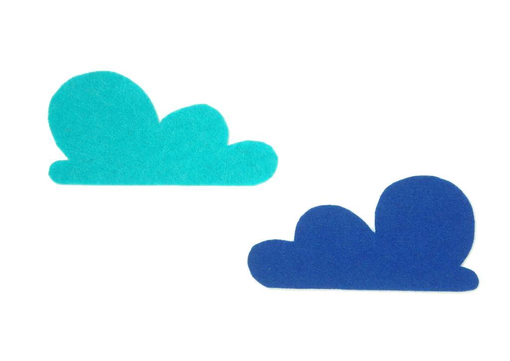 nubes de fieltro de colores para hacer cuadro de arcoiris