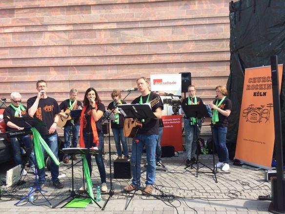 Church Rocking am Stand von domradio.de