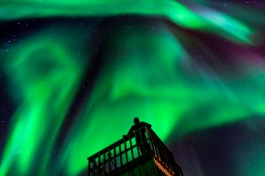 Northern lights. Seal River Heritage Lodge. Dennis Fast photo.