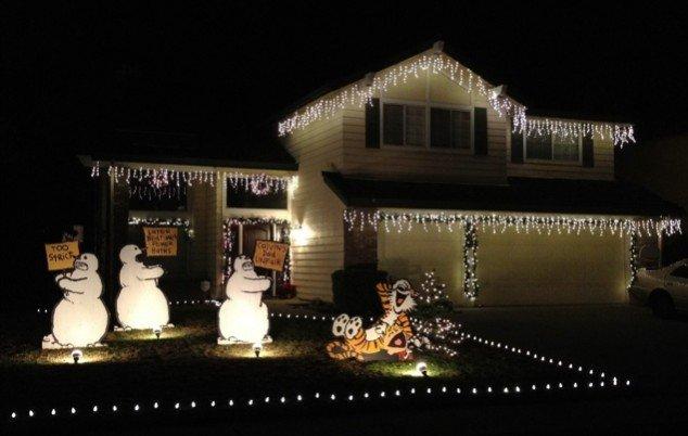 Calvin & Hobbes Christmas Yard Display