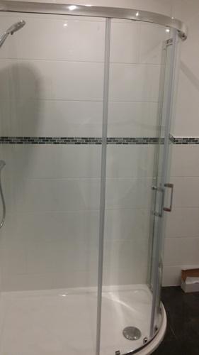 Family shower installation