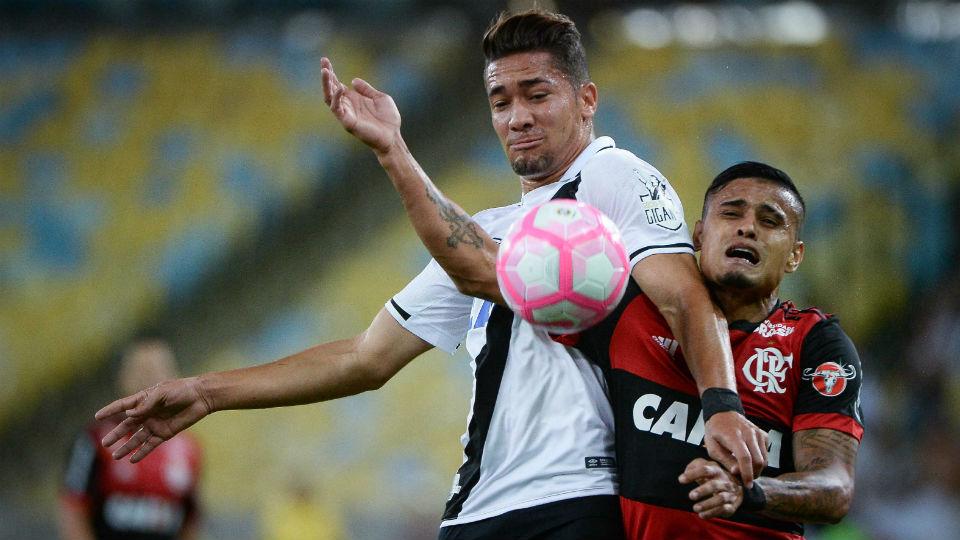 Everton Jean Flamengo Vasco Maracanã 2017