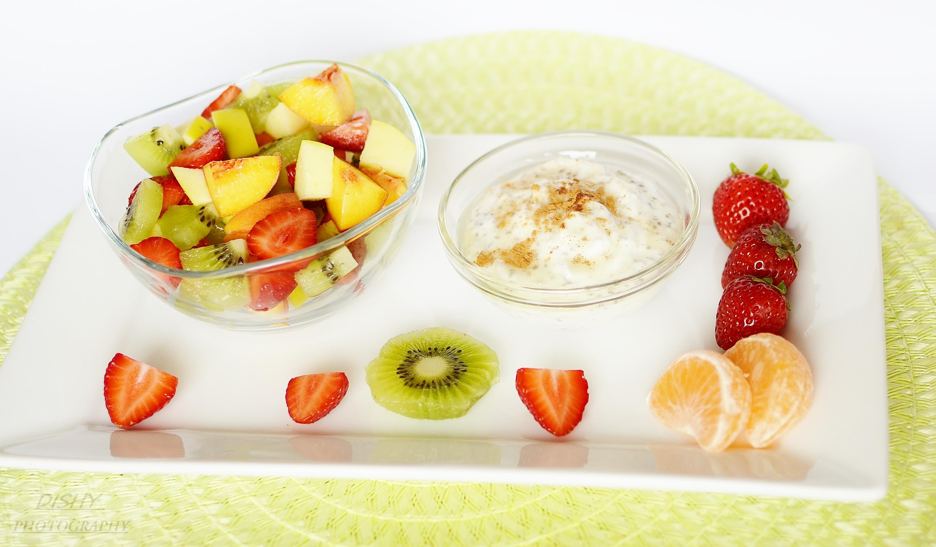 Ovocný šalát s chia dressingom