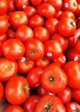 Cà chua ở đâu cũng có, chụp vì màu đỏ đẹp