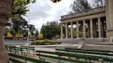 Nối tiếp của amphitheater với hàng cột tiêu biểu kiến trúc Hy Lạp