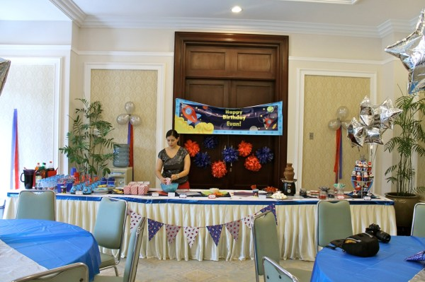 Space Birthday Party02