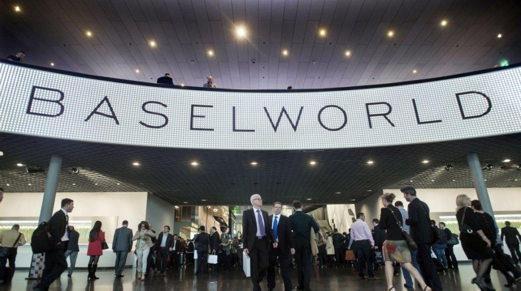 První chytré hodinky od Tissotu zamíří na Baselworld