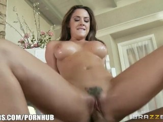 Pornstar takes dick over piano any-day – Brazzers