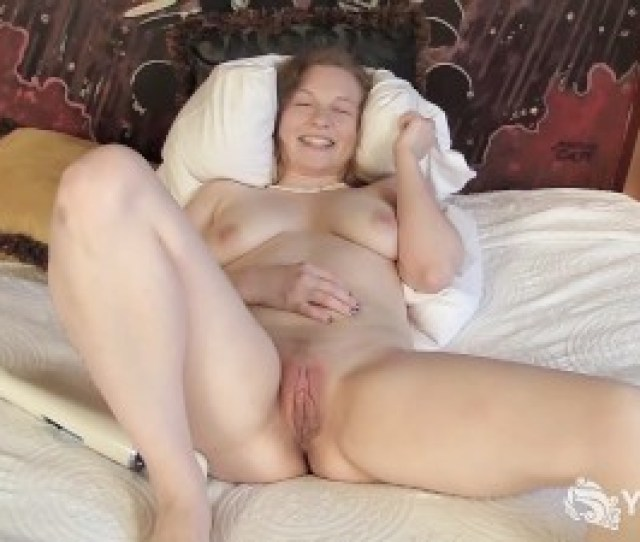 Hottie Lili Playing With Her Hitachi