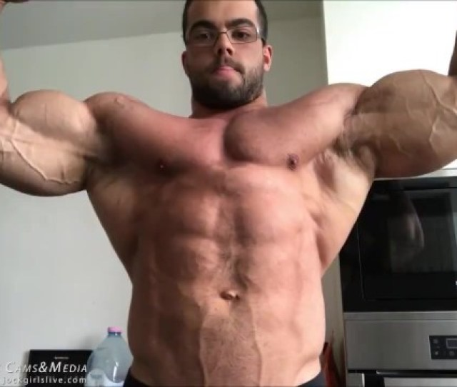 Bodybuilder Posing For Muscle Worship Session Sorry Totally Sfw Thumbzilla
