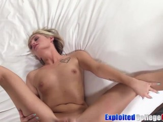 Student hot girl Winter Bell using dick in a automobile earlier than facial