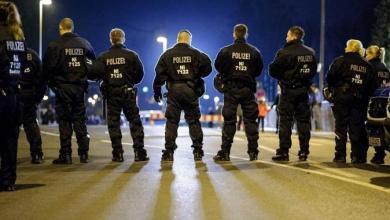 Photo of Drogen-Skandal bei der Polizei? Ermittler durchsuchen Wohnungen