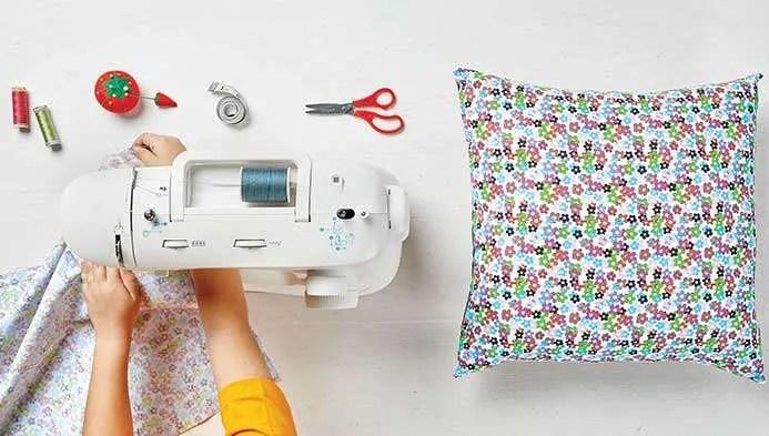 virtual picnic pillow with ciao bella
