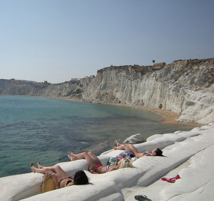 Scala dei Turchi, build-in lawnchairs