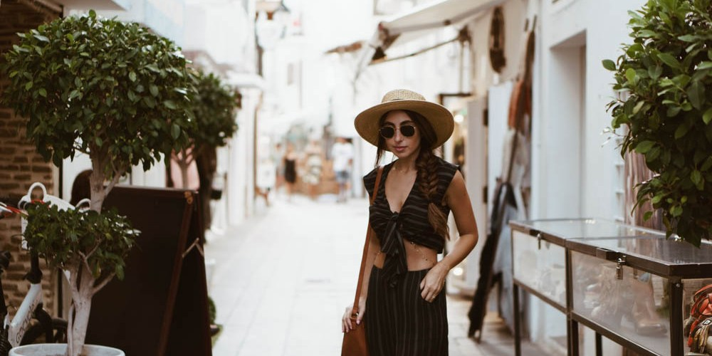 What to Wear in Europe: Dress Like a European