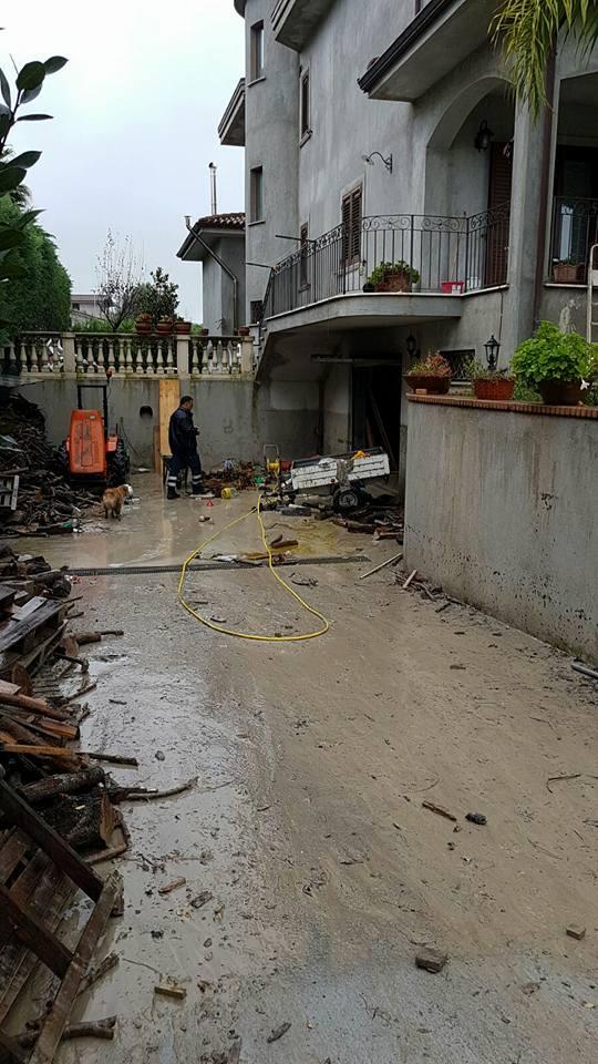 Comune di Bianco - zona residenziale inondata in seguito all'esondazione del torrente Vena