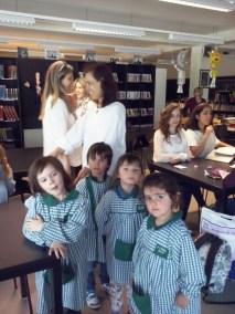 JI de Pias visita a biblioteca da escola sede