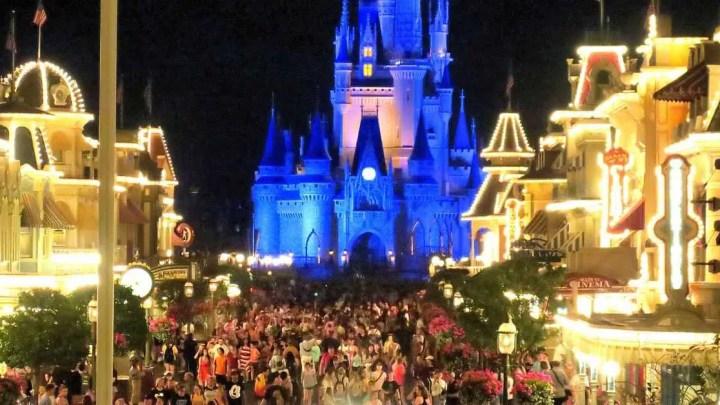 Em um movimento sem precedentes, os parques da Disney permanecerão fechados até novo aviso