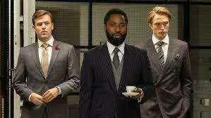 Na verdade, Christopher Nolan é legal por você não ver seus filmes nos cinemas