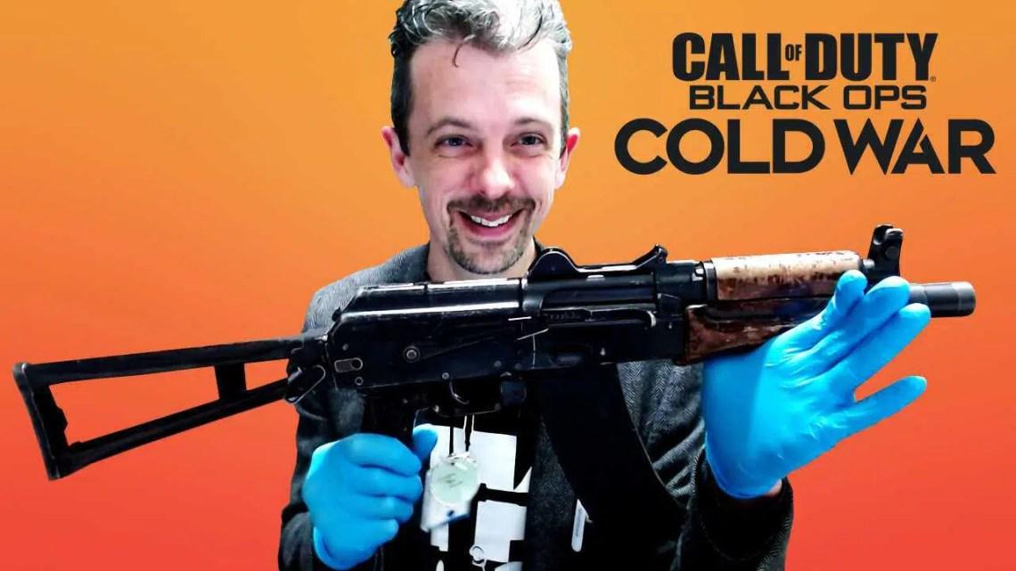 Especialista em armas de fogo reage ao Call Of Duty: armas da Black Ops Cold War