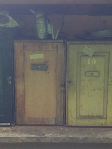 Ceves - Alveare Principale Dettaglio Retro