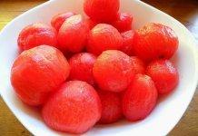 Pomodori pelati: l'origine in etichetta