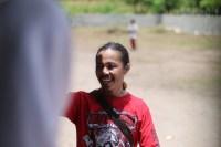Hamsa Rimangga, Presiden Yamaha Vixion Club Indonesia saat menyapa siswa-siswi SD Inpres Salura